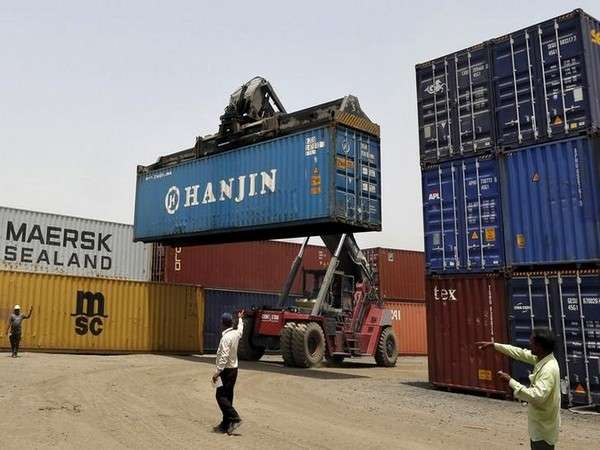 India Export positive growth